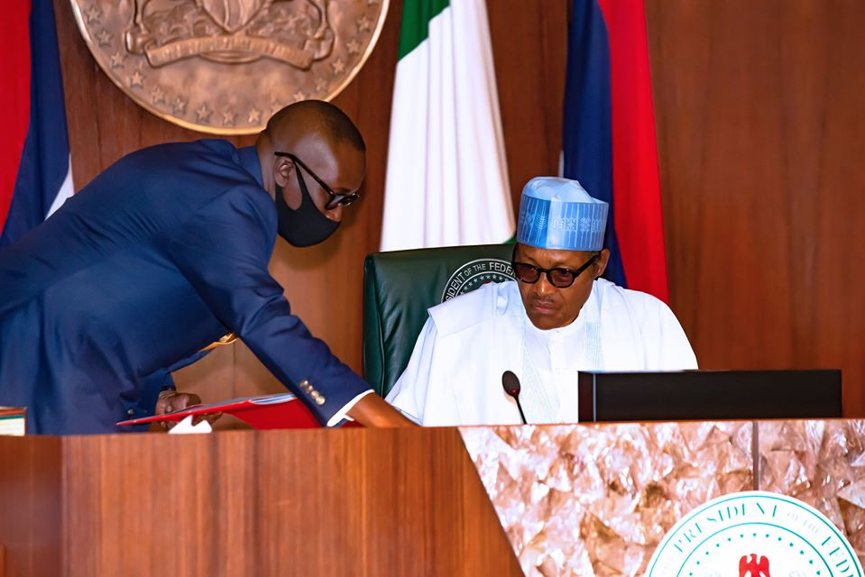 """Insecurity: """"Your excuses will no longer be tolerated"""" President Buhari tells Service Chiefs, All9ja"""
