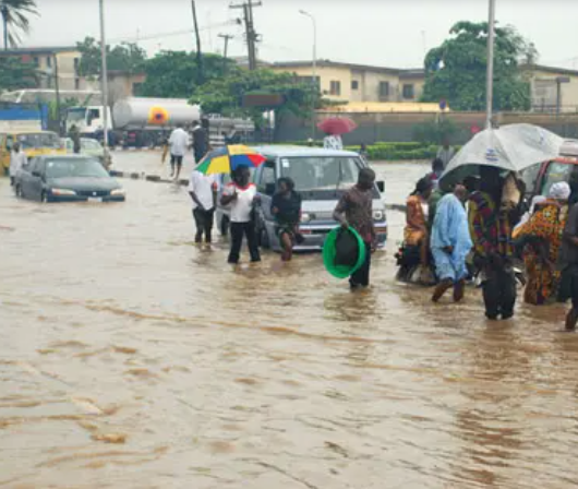 Flood sweeps away 17-year-old girl in Lagos, All9ja