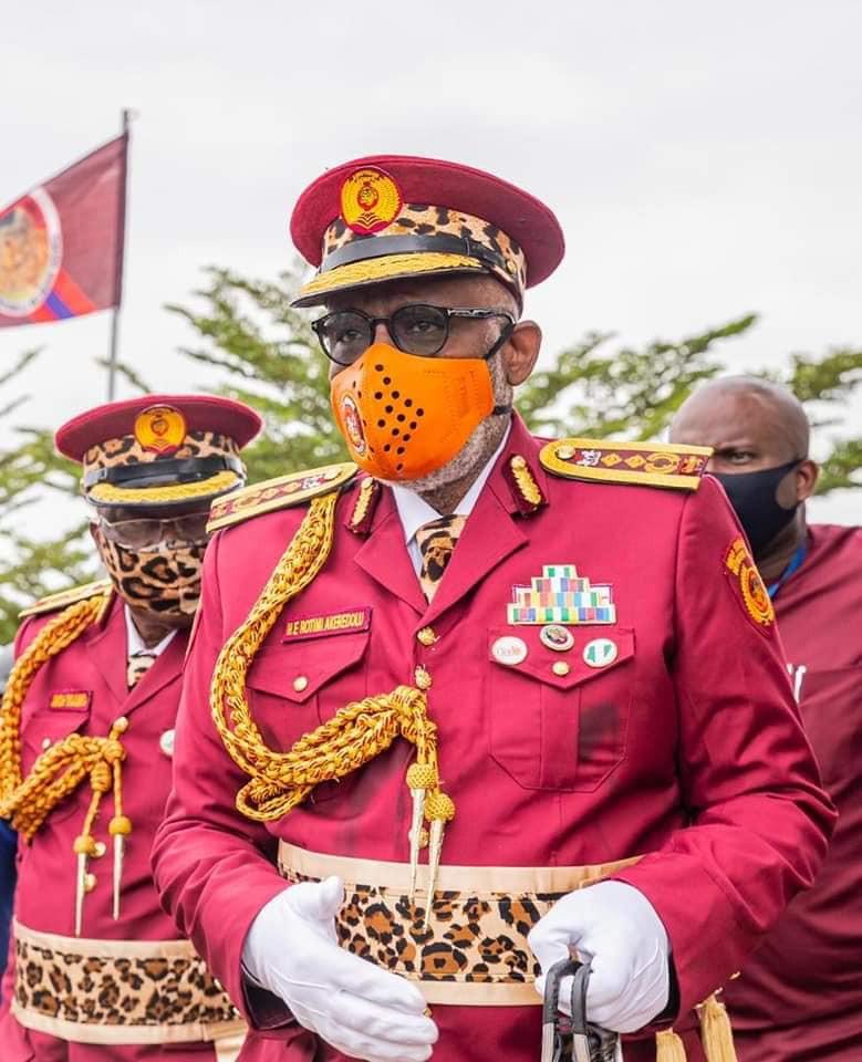 Governor Akeredolu inaugurates Amotekun lindaikejisblog