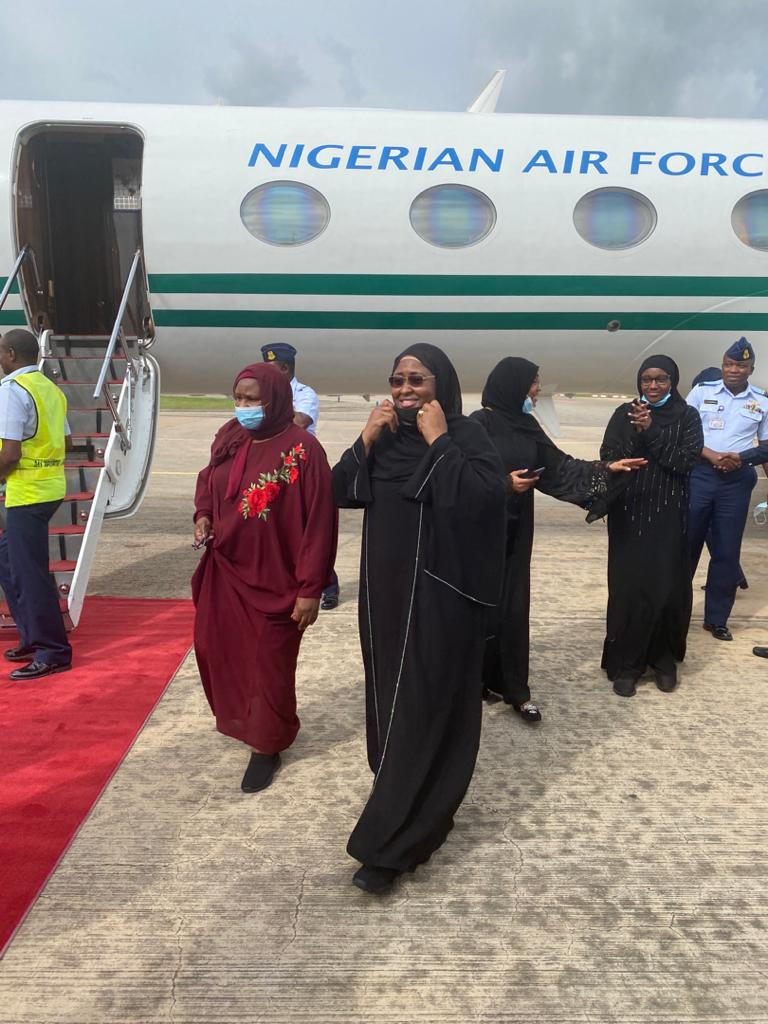 Aisha Buhari experiences plane crash scare as she returns to Nigeria from medical trip to Dubai lindaikejisblog