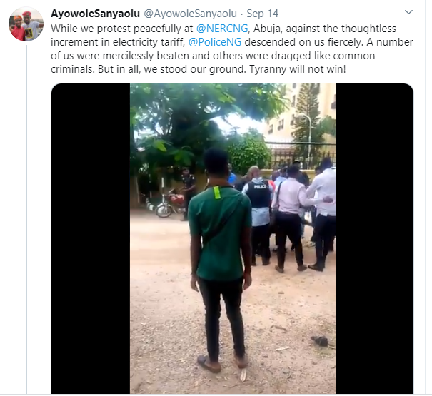 You don't have the right to protest - Policemen say as they assault young Nigerians protesting against increased electricity tariff lindaikejisblog 1