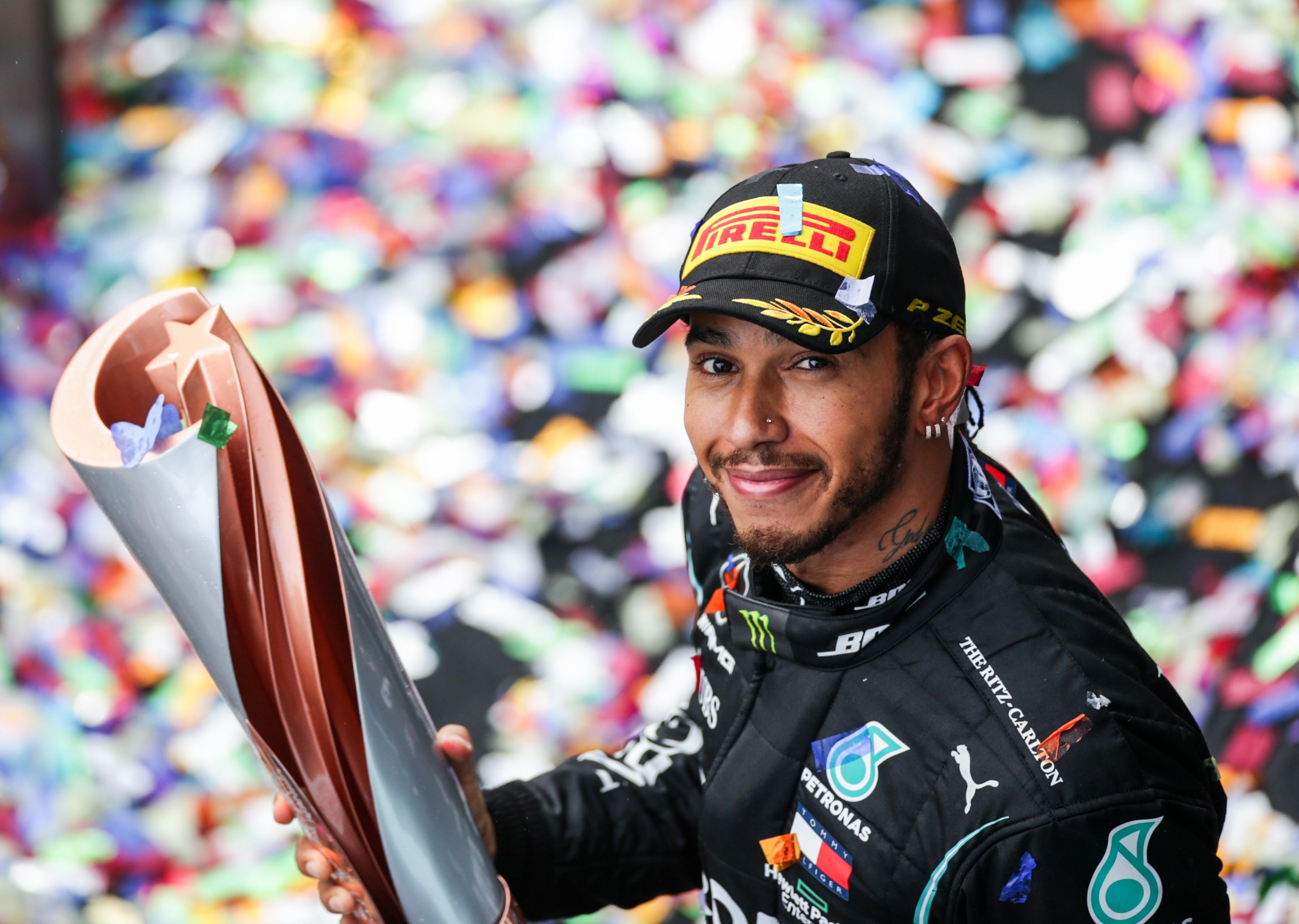 Lewis Hamilton makes history as he wins his seventh Formula 1 title lindaikejisblog