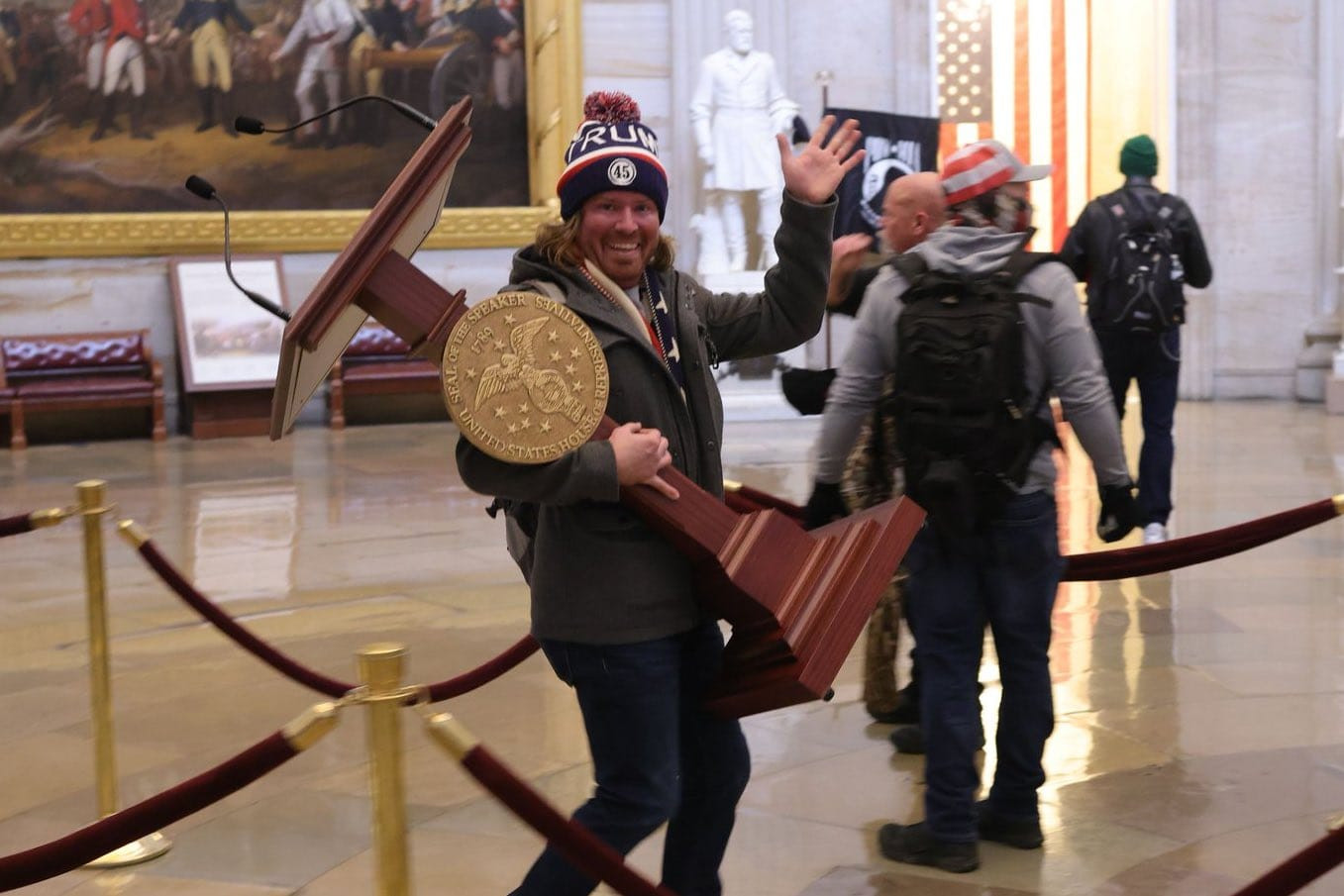 Capitol rioter seen carrying off Nancy Pelosi's lectern in viral image arrested lindakejisblog