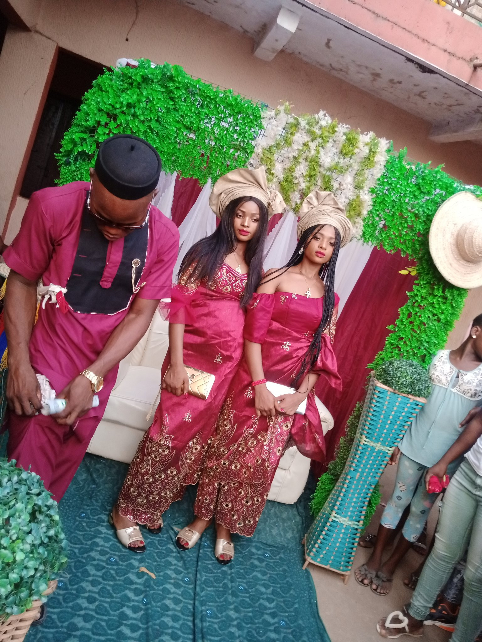 Nigerian man marries twins because 'they cant live without each other' lindaikejisblog 4