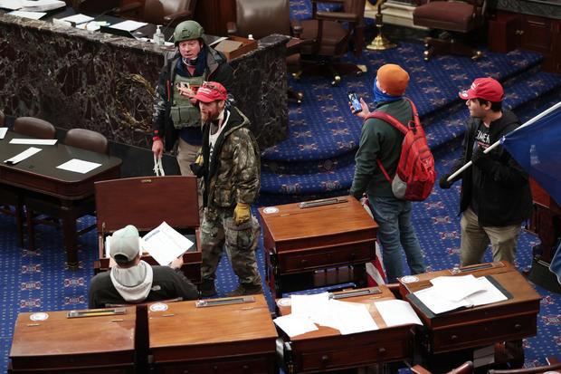 2 men seen in viral photos carrying zip ties during US Capitol riot have been arrested lindaikejisblog