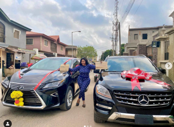 Actress Biodun Okeowo 'Omoborty' buys a new car, gets another as a gift lindaikejisblog