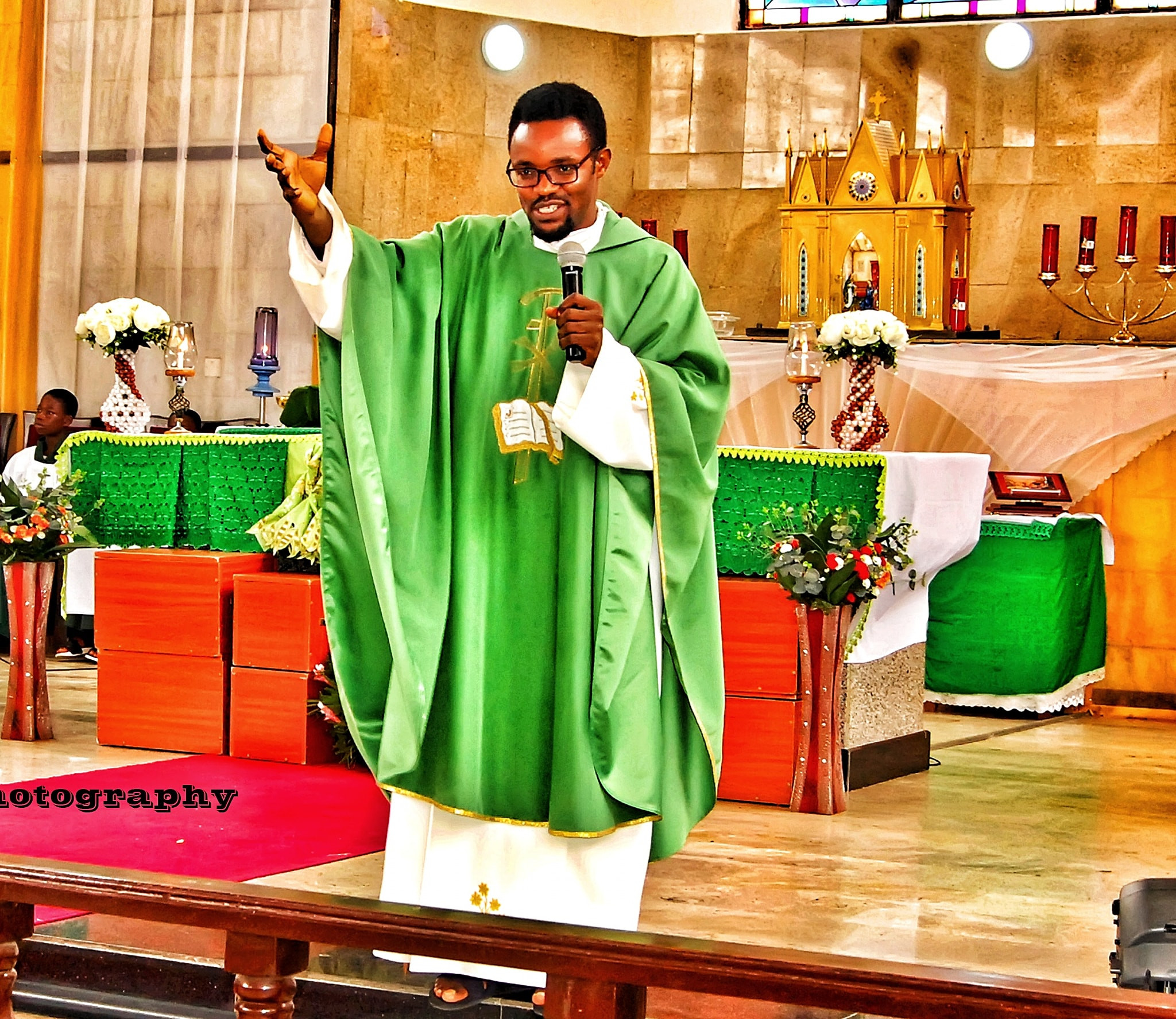 """""""Your comment is a progression in contradictions"""" - Nigerian Catholic priest fires back at man who told him to mind his business after he described the silhouette challenge as immoral"""