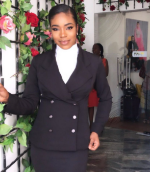''Where is your humanity?''- Nasir El-Rufai's daughter in-law, Nwakaego, tackles Nigerians who are more concerned about Lekki protesters and not about a man ''burnt to death because he looked fulani''