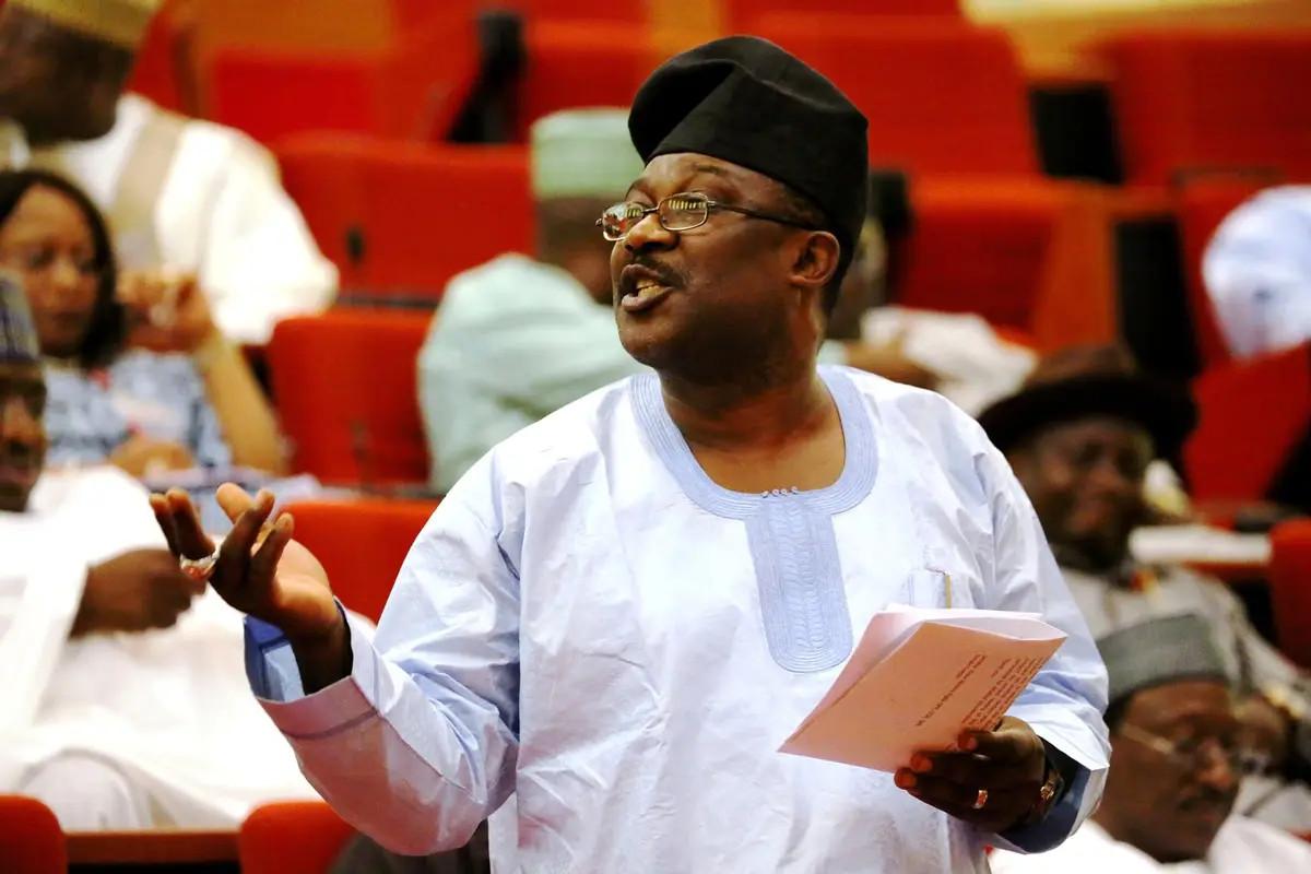 Senator Adeyemi describes Abia state Governor Okezie Ikpeazu as a 'drunkard'