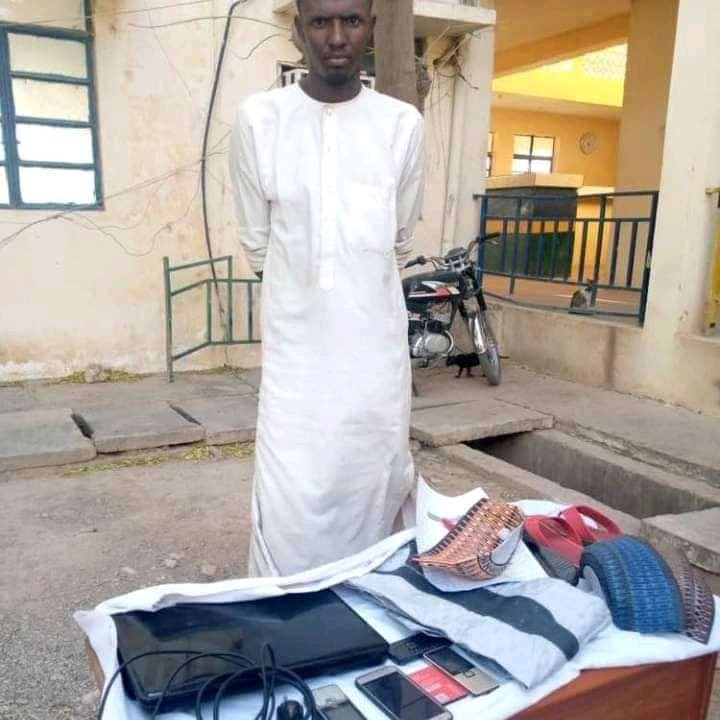 6037d2aee92c6 Man arrested for stealing valuables from his girlfriend's home in Katsina (photos)