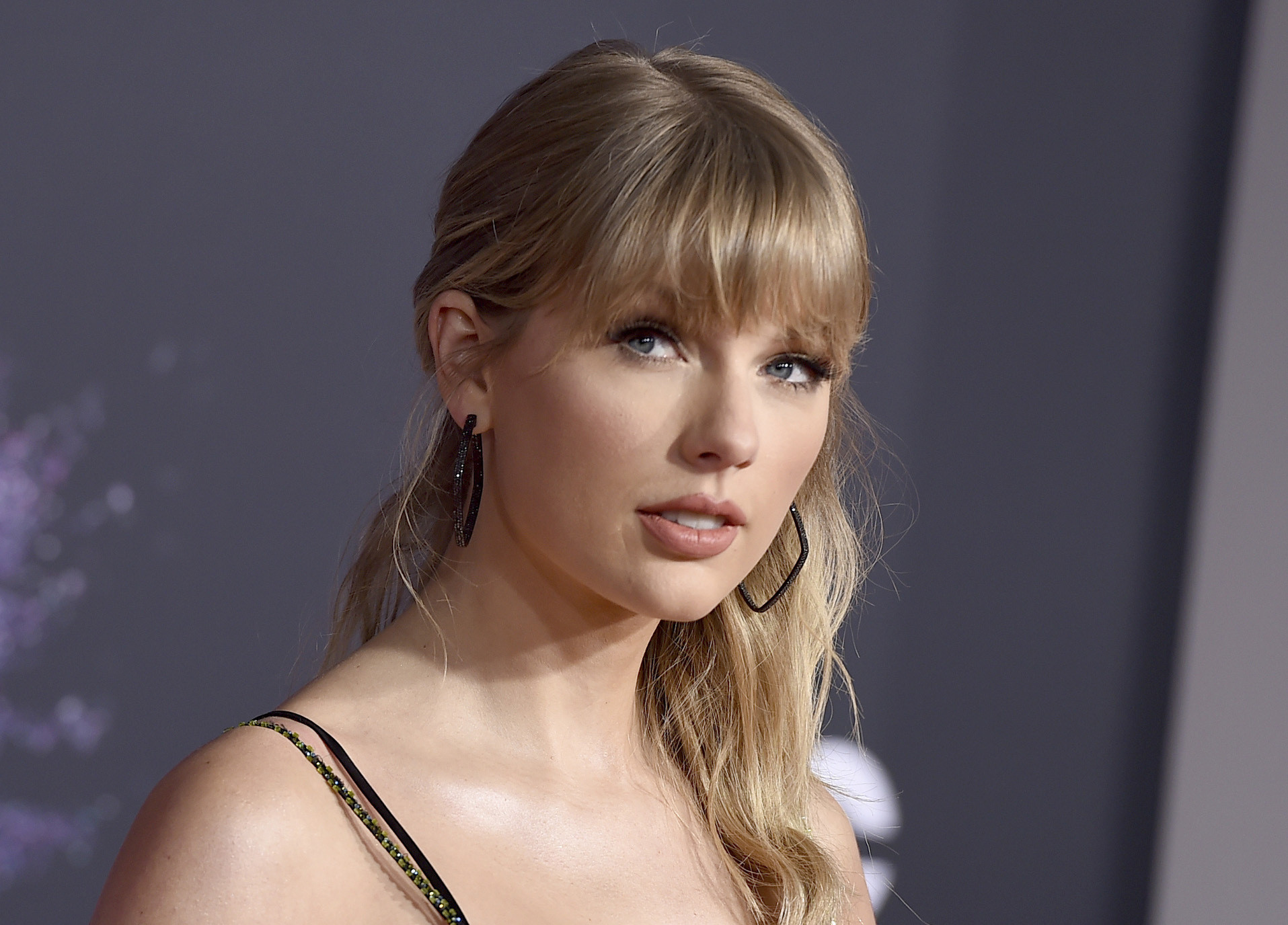 Taylor Swift calls out Netflix show Ginny and Georgia over 'deeply sexist' joke