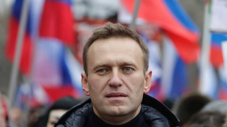 US imposes sanctions on Russians over Alexei Navalny's nerve agent poisoning