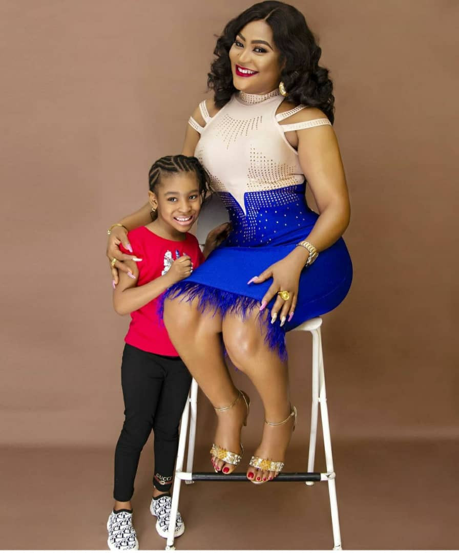 Actress, Uche Elendu blasts IG user who accused her of constantly 'lying' that her daughter is 4 years old