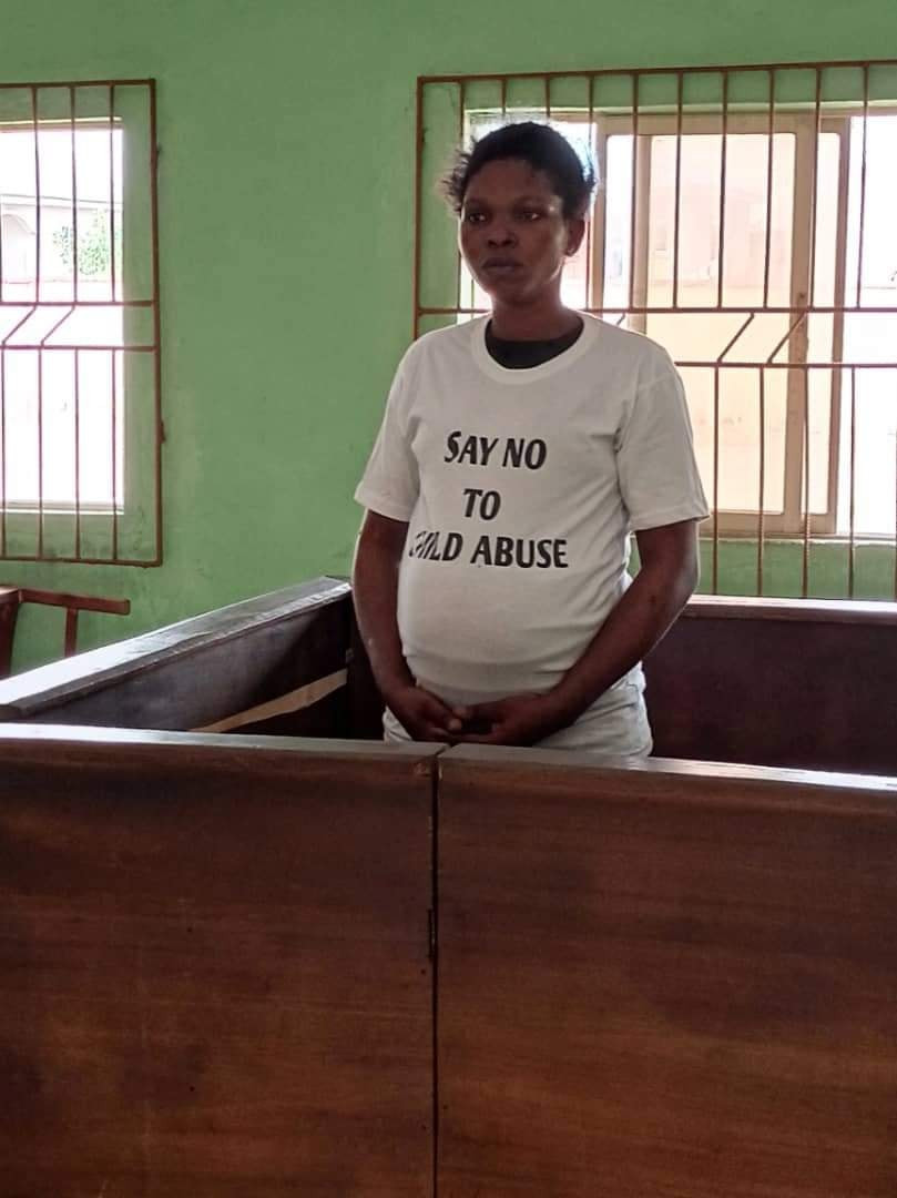 Pregnant woman who stripped and tied up her 12-year-old daughter in Delta sentenced to five days community service for child abuse (videos)
