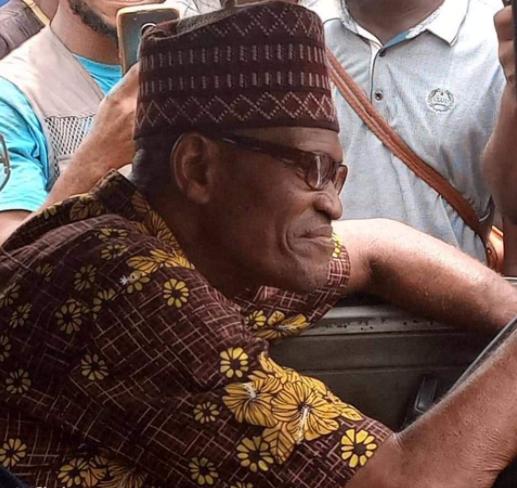 Nigerians react as President Buhari's look alike is spotted in Lagos 5