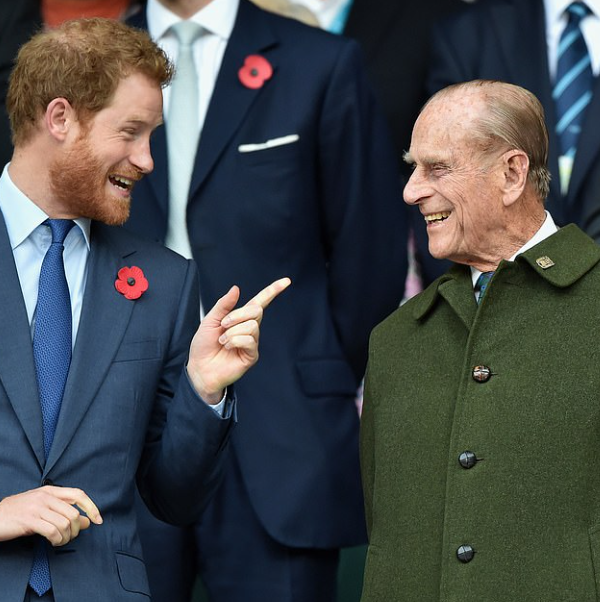 Prince Harry arrives at Heathrow without pregnant Meghan Markle ahead of his grandfather's burial