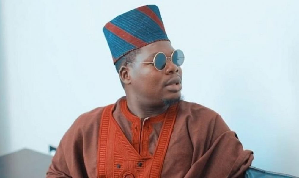 I swore never to stop using my platform to call out the evil that the Police do after policemen took turns to beat me at Adeniji police station - Comedian Mr Macaroni