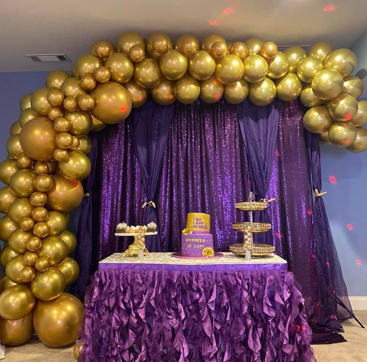 Nigerian lady throws a party to celebrate her divorce 3