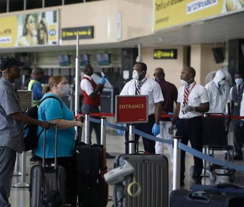 U.S. warns citizens to avoid 14 Nigerian states in travel advisory