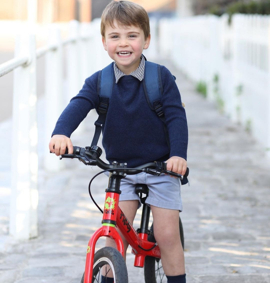 Royal family release new photo of Prince Louis taken on his first day of nursery school to mark his 3rd birthday