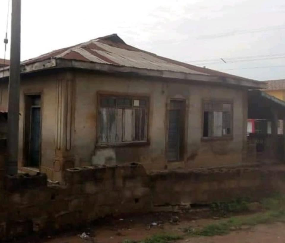 Pastor renovates 60-year-old dilapidated mosque where he used to play with his Muslim friends  2