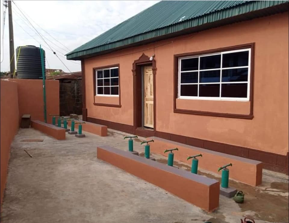 Pastor renovates 60-year-old dilapidated mosque where he used to play with his Muslim friends 4
