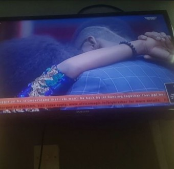 Emotional Cee-C breaks down in tears, kisses Tobi as Big Brother ask them to dance to intimate songs (Video)