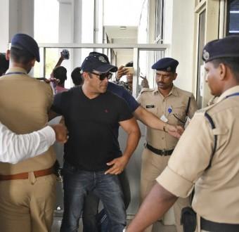 Veteran Bollywood star Salman Khan granted bail after poaching conviction (Photos)
