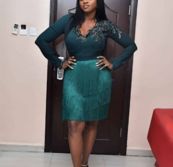Waje writes open letter to young people about success