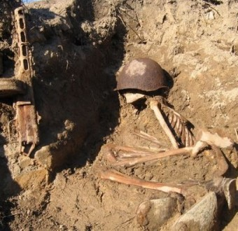 Mass grave containing 800 dead German soldiers discovered in Russia (Photo)