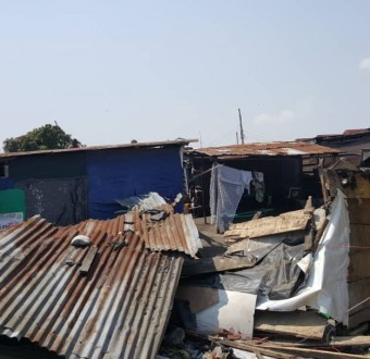 Two persons reportedly die as Ikota slum is demolished by unknown persons (photos)