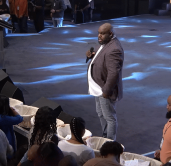 Watch the moment a US pastor called out widows, war veterans, single mothers and fathers in need and ordered them to take any amount from the offering baskets